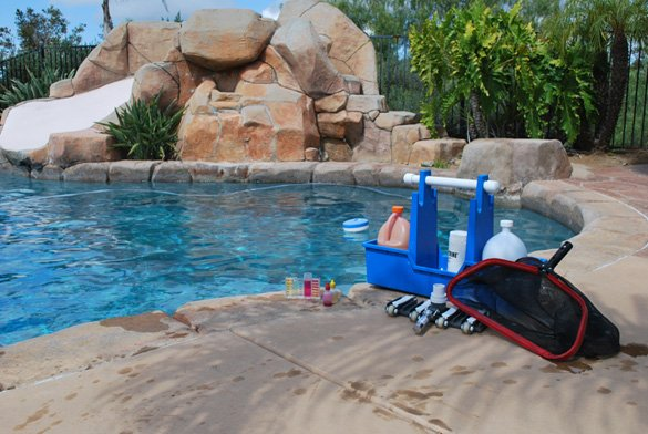 Pool-tools-for-cleaning-a-swimming-pool