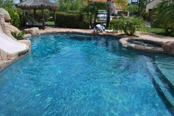 Re-attaching-pool-vacuum-during-maintnenace