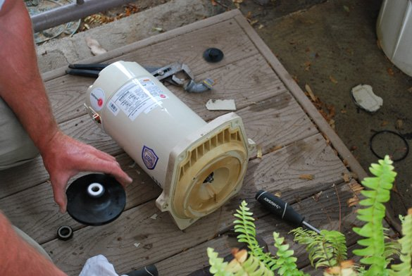 Replacing-new-Pentair-pool-motor-in-Point-Loma,-CA