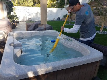 Spa-Wand to cleaning Carmel Mountain Fiberglass ho ttub